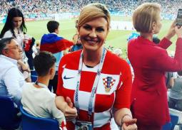 بالفيديو- أبرز لقطات رئيسة كرواتيا كوليندا جرابار التي خطفت الأنظار
