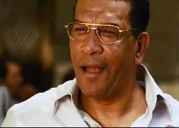 كلمات حزينة ومؤثرة لنجوم مسرح مصر في وداع محمد شرف..حمدي الميرغني يعتذر لنجله لهذا السبب