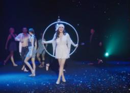 """بالفيديو- هل لاحظت هذا الخطأ في فيديو أغنية """"كل اللي بيحبوني""""؟ المخرجة ترد"""