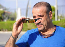 """صورة- محمد سعد بملابس سائق من كواليس فيلمه """"محمد حسين"""""""
