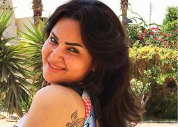 بالصور- سما المصري تثير الجدل بزي فرعوني في افتتاح مهرجان القاهرة السينمائي