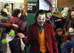 16 صورة من كواليس الفيلم المنتظر Joker.. واكين فينيكس يثير الذعر