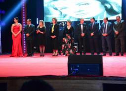 بالفيديو- 5  لقطات لم ترصدها كاميرات حفل ختام مهرجان الإسكندرية السينمائي