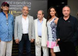 المخرج باسل الخطيب وكندة حنا ودريد لحام وفاروق الفيشاوي مع كرم ياسر رجب