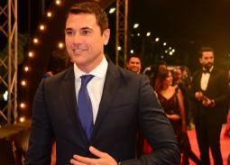 """بالفيديو- أحمد عز أفضل ممثل عن فيلم """"الخلية"""" بحفل توزيع جوائز الأوسكار المصرية"""