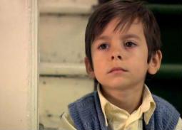 بالصور- طفل على مر الزمان يعود للشاشات.. هكذا أصبح شكله