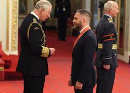 تكريم ملكي لتوم هاردي من قبل الأمير تشارلز في قصر باكنجهام