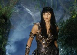 """22 صورة - هكذا أصبحت """"زينا"""" المحاربة الأسطورية  بعد مرور 23 عاما على عرض المسلسل"""