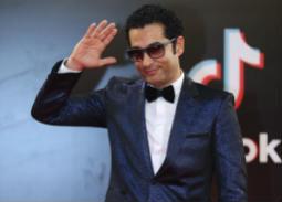 """#شرطة_الموضة: هكذا أطل الفنانون في حفل افتتاح مهرجان القاهرة 40.. """"البيبيون"""" علامة مميزة!"""
