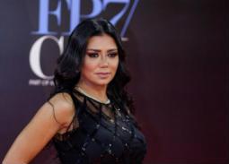 واشنطن بوست تلقي الضوء على أزمة رانيا يوسف.. ممثلة مصرية تحاكم لارتدائها ثوبا شفافا!