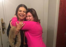 13 صورة- بوسي وإلهام شاهين ووفاء عامر وبوسي شلبي يحتفلن بعيد ميلاد ماجدة زكي