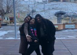 رانيا يوسف وابنتيها نانسي وياسمين