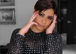 بالفيديو- شيرين عبد الوهاب عن قصة شعرها الجديدة: أنا وحسام بنروح عند نفس الحلاق