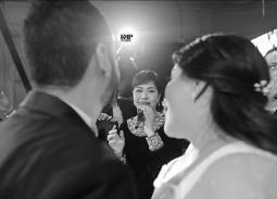 شيرين تغني للعروسين