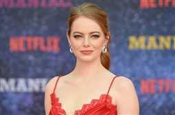 بالصور- إيما ستون تودع شعرها الأحمر.. مرحبا بالشتاء