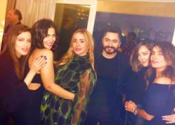 تامر حسني وبسمة بوسيل وزينة.