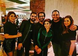 بالصور- منى زكي وأحمد حلمي وأكرم حسني والنجوم يحتفلون بنجاح ألبوم محمد حماقي