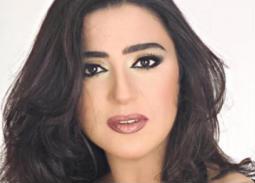 وفاء صادق تتحدث للمرة الأولى عن طليقها: لا يعرف عمر ابنه