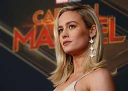 بالفيديو- بري لارسون تقدم الفشار والمشروبات الغازية لجمهور Captain Marvel في السينما