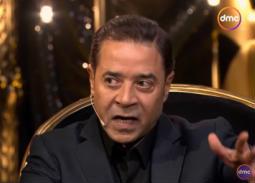"""بالفيديو- مدحت صالح: """"بمجرد دخولي المنزل أضع نفسي تحت أمر الهانم"""""""