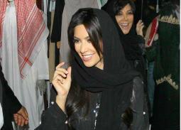 فاتنات هوليوود بالحجاب ... متى وأين؟
