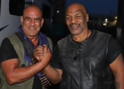 """10 صور- الملاكم العالمي مايك تايسون في كواليس فيلم """"حملة فرعون"""""""