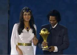 تعرف على هاجر أحمد التي استقبلت سونج في قرعة كأس أمم أفريقيا 2019