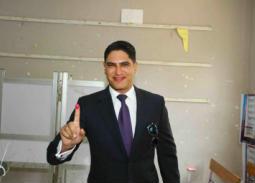 أبوهشيمة يدلي بصوته على التعديلات الدستورية