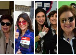 دينا وهالة ودلال ورجاء وصابرين في لجان الاستفتاء