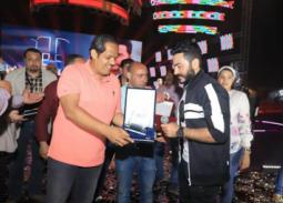 """حفل تامر حسني في نادي الزهور لصالح حملة """"أنت اقوى من المخدرات"""""""