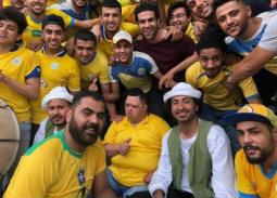 """صورة- علي ربيع يضم """"أمح"""" لجمهور الإسماعيلي في """"فكرة بمليون جنية"""""""