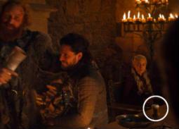 بعد خطأ كوب القهوة في Game Of Thrones.. هل لاحظت ظهور مقتنيات حديثة في هذه الأعمال التاريخية؟