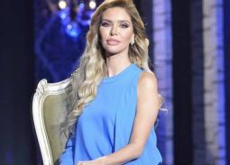"""خاص """"في الفن""""- الإعلامية عايشة عثمان تكشف عن حملها"""