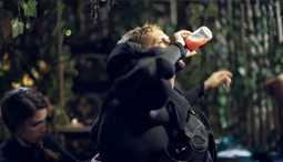 """خاص FilFan- ما هو نوع المشروب الذي يتناوله رامز جلال قبل مقلب """"رامز في الشلال""""؟"""