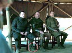 صورة- ظهور زجاجة مياه معدنية بالخطأ في إحدى لقطات الحلقة الأخيرة من Game of Thrones