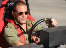 """رحلة عمرو ماكجيفر من """"الحرفيين"""" للسينما"""