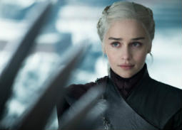 "هتلر مُلهم ""دينيريس تارجارين"" في Game of Thrones"