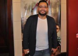 بالفيديو- رسالة خاصة من نجل أحمد رزق لوالده