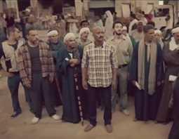بالفيديو- ساخر.. محمد رمضان يثبت أن الثقة بالنفس أهم من الفلوس