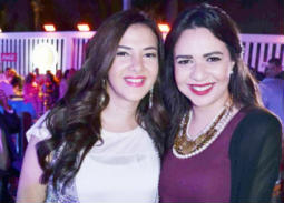 إيمي سمير غانم لشقيقتها دنيا: هدعيلك وأنا بصلي