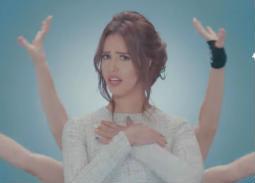 """بالفيديو- رنا سماحة تطلق أغنيتها المصورة """"ها أنا ها أنت"""""""
