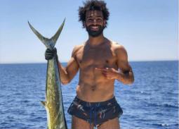 محمد صلاح خلال رحلة صيد في الجونة