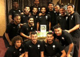 صورة- لاعبو المنتخب المصري يحتفلون بعيد ميلاد محمد صلاح