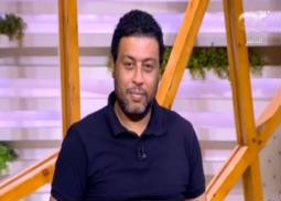 """بالفيديو- زوجة محمد جمعة تفاجئه باتصالها في """"الستات ما يعرفوش يكدبوا""""... هكذا منعها من الحديث عن صفاته السيئة"""
