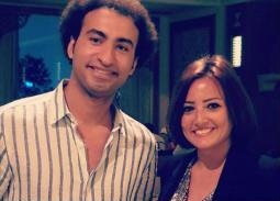 بنفس الصورة..علي ربيع وبشرى يتبادلان التحية على Instagram بسبب صدفة
