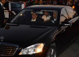 وصول عادل إمام إلى عزاء عزت أبو عوف