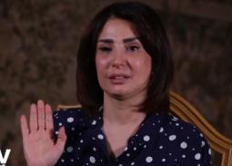 أمل رزق تبكي: أنا مش محتاجة حاجة من حد