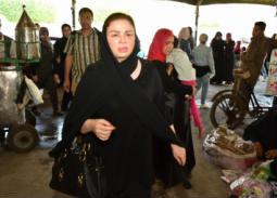 صدمة وانهيار النجمات في جنازة فاروق الفيشاوي