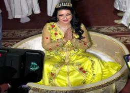 بالفيديو- سمية الخشاب عن الزفة المغربية: كنت عروسة في ليلة زفافها
