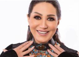 فيديو - وفاء عامر تغني في عيد ميلاد فاروق الفيشاوي الأخير